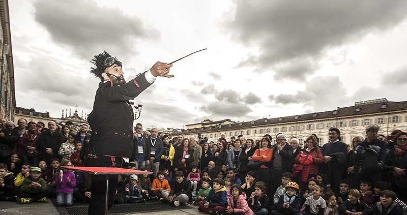 Master of Magic Reggia di Venaria Reale 19 maggio Stranges Street magic 1
