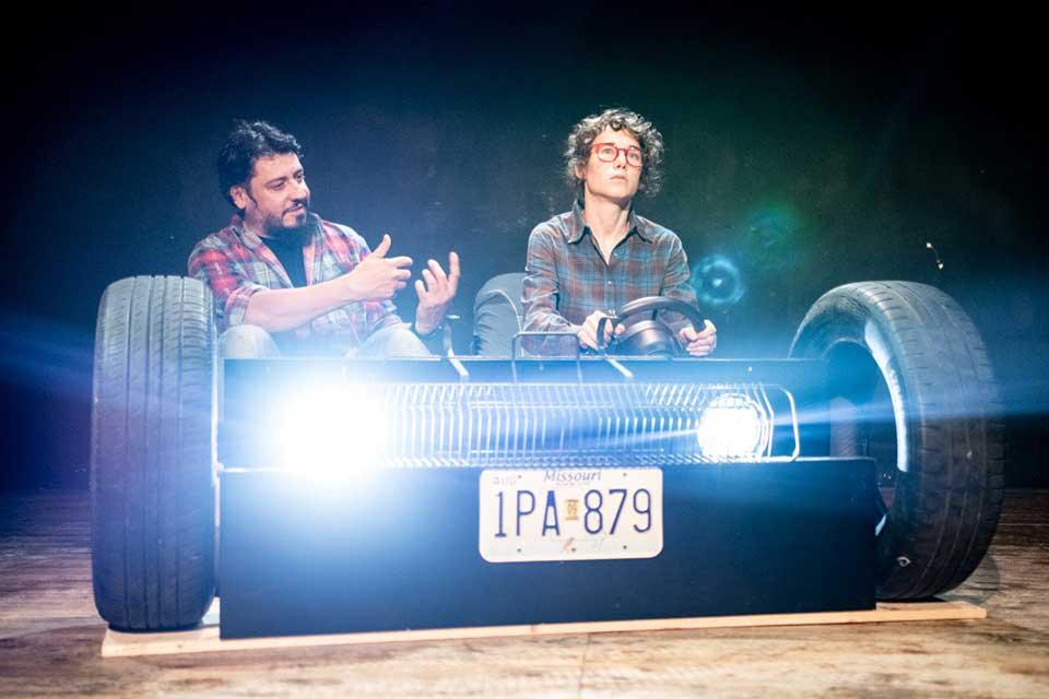 """Teatro Biblioteca Quarticciolo Lumik Teatro debutta con """"Cervus""""."""