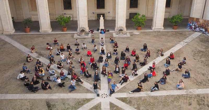 """Roma, 100 ragazzi cantano i """"Queen"""""""