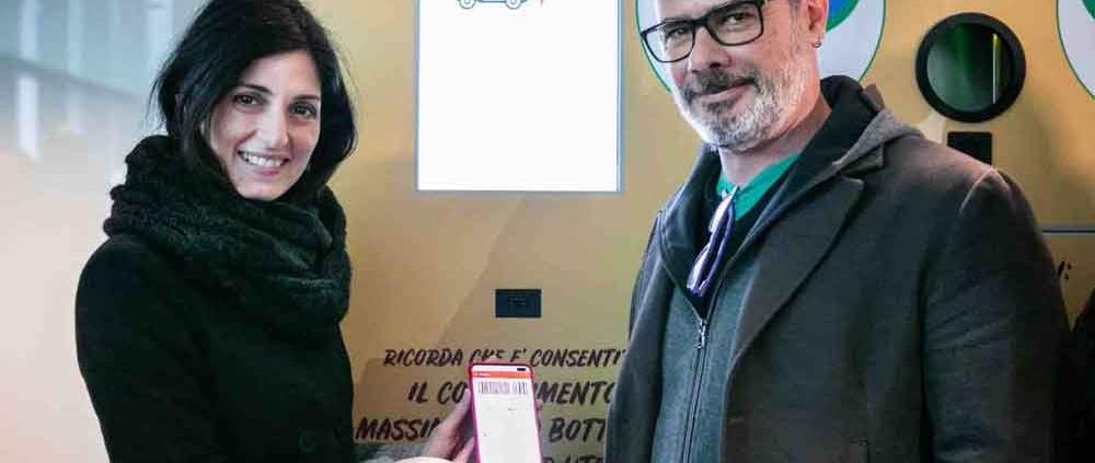 Virginia Raggi e Alessandro Laurienzo CEO TicketAppy Foto di Luca Perazzolo