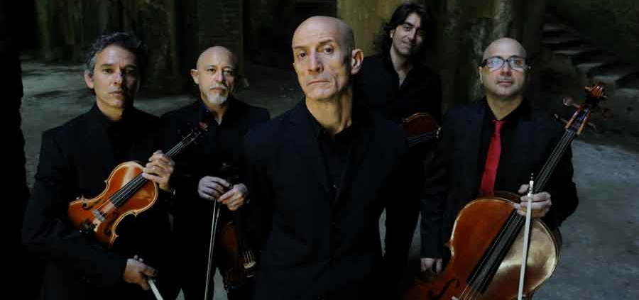 Peppe-servillo-e-solis-string-quartet-in-concerto-grotte-di-castellana-Presentimento