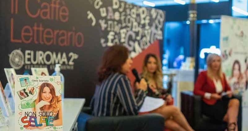 Caffè Letterario il libro di Elenia Scarsella