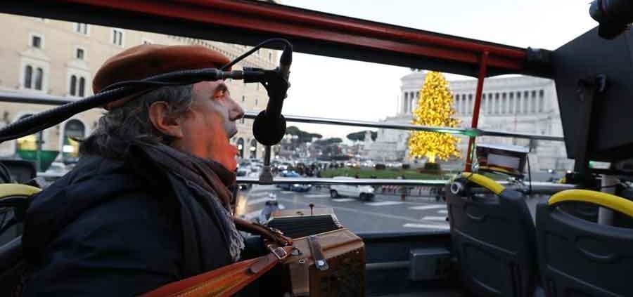 """Campidoglio rinviato al 7 gennaio """"Open Bus Ambrogio Sparagna"""","""