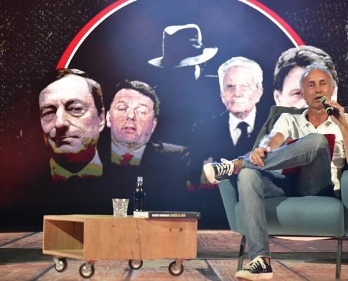 """Marco Travaglio torna sul palcoscenico, con un giallo di bruciante attualità, """"Il Conticidio"""","""